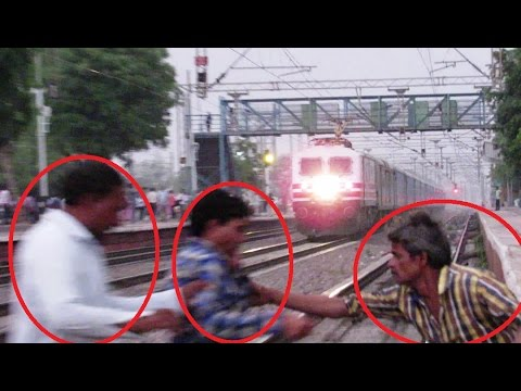 Watch People's Reaction | 160 KMPH - GATIMAAN Express Vs Stupid Passenger !!