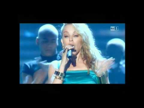Kylie Minogue GET OUTTA MY WAY live at Miss Italia 2010