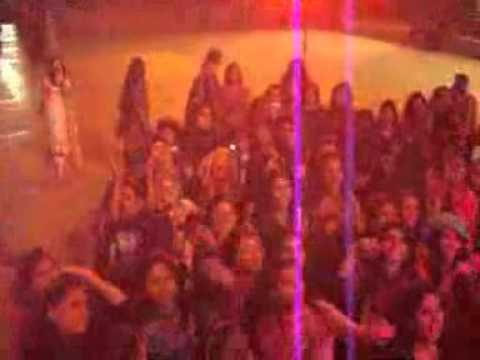 falak soniye live in superior university lahore 4911