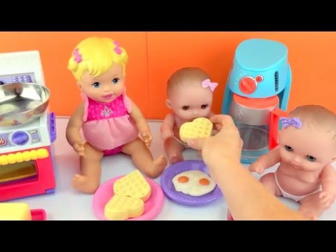 Baby Dolls Twin Babies Lil Cutesies Doll Eating Play Doh Food Cooked for Breakfast Toy Videos