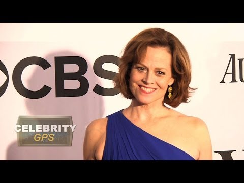 Sigourney Weaver will be back in Avatar sequels - Hollywood.TV
