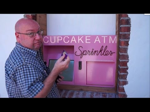 Previewing Sprinkles Cupcake Bakery and ATM at Disney Springs
