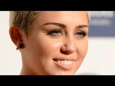 hqdefault jpgMiley Cyrus Grammys 2013