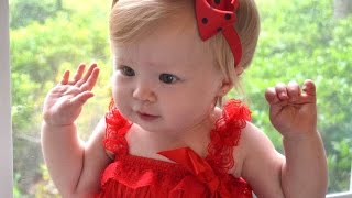 Funny Babies Dancing - A Cute Baby Dancing Videos Compilation 2015