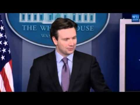 Josh Earnest Suggests Hillary's Private Email Server More Secure than Larger Networks