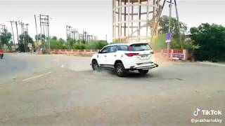 Fortuner drift stunt | Latest stunt video 2019 #fortuner #drift #desistunt #lovers #Toyota
