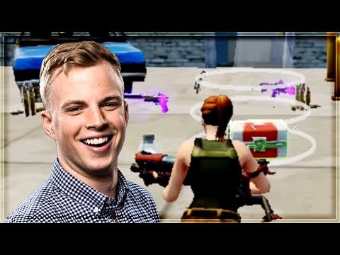 FORTNITE MOBILE! First Look Gameplay