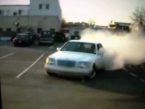 Mercedes S600 V12 Burnout Donuts