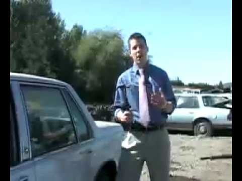 Reporter fails to break a car s window
