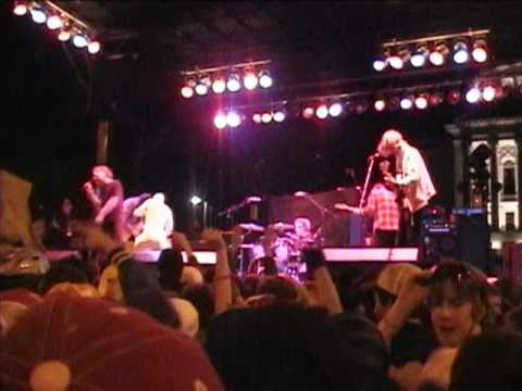 Cage The Elephant - Free Love  (Live at Freakfest 2009)
