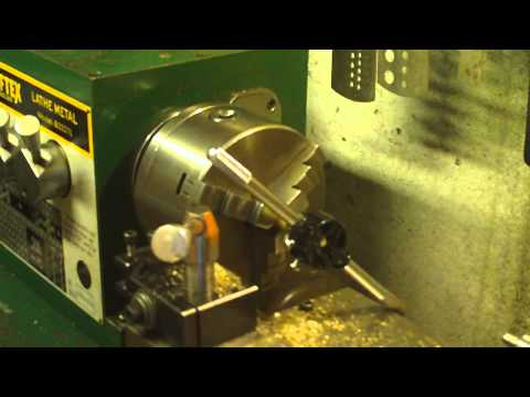 Threading on the lathe part 2.MOV
