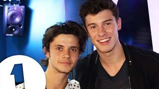 Download Lagu Shawn Mendes Sings Stitches Like You've Never Heard It Before Gratis STAFABAND