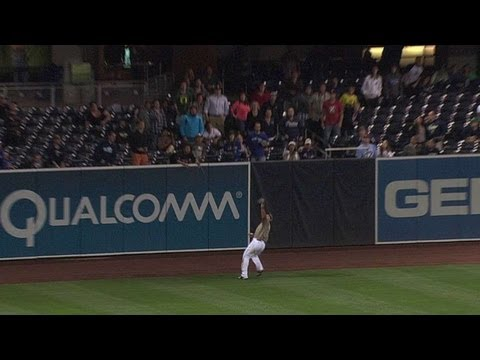 TOR@SD: Quentin saves a run with a great grab