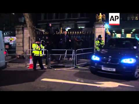 Private ambulance believed to contain body of Margaret Thatcher leaves Ritz Hotel