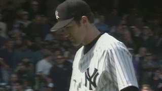 BOS@NYY: Mussina strikes out 12 in win over Pedro
