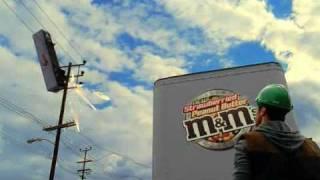 Thumb Comercial de M&Ms Mars con Optimus Prime para Transformers 2
