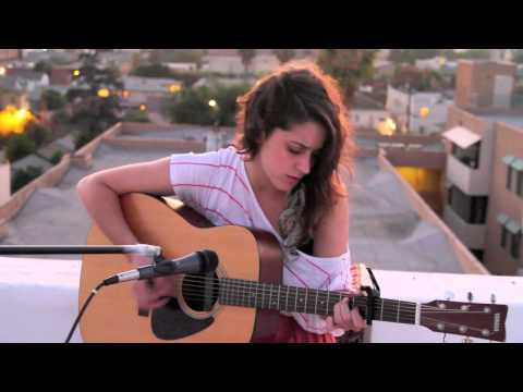 Lindsey Pavao -- yellow By Coldplay video