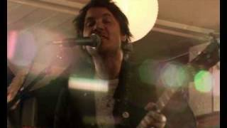 Watch Wilco Hate It Here video