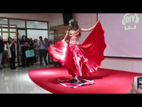 Mrs Globe 2015 - Mrs Urals glass-walking performance