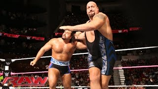 Big Show ගේ හිරවීම ... Big Show vs. Rusev: Raw, Oct. 13, 2014