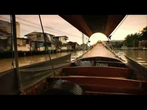 longtail boat sul Chao Phraya, il fiume che attraversa Bangkok (2/3)|Go Asia