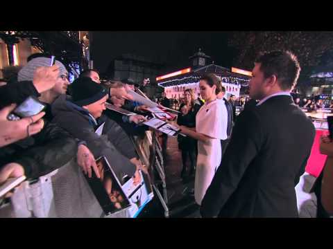 Unbroken: Director Angelina Jolie & Cast Meet Fans at London Movie Premiere