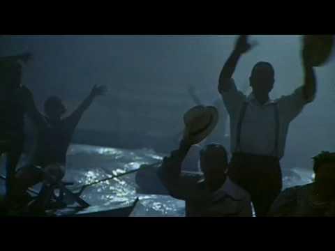 Fellini-Amarcord-Transatlantico Rex