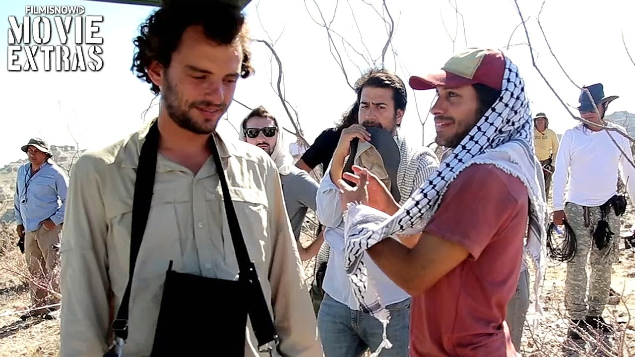 Go Behind the Scenes of Desierto (2016)