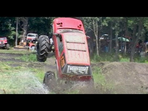 Mud Bogging at Perkins (EXTENDED) August 2013