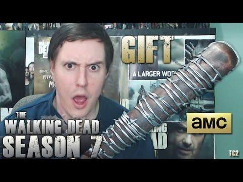 The Walking Dead Season 7 AMC Gift Unboxing! MeetLucille