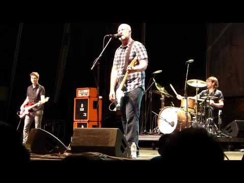 Bob Mould Band - Hardly Getting Over It (live)