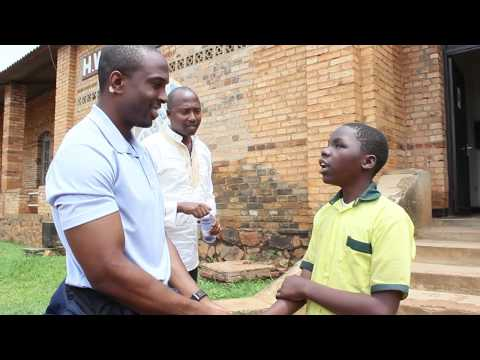 2 Live Beyond & André Davis (American Football player) in Rwanda 2014