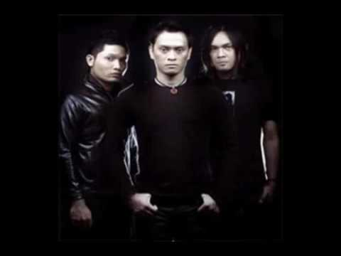 Andra And The Backbone  Dream On Move On