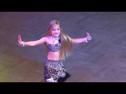 رقص بنت صغيرة جامدة موووووت شاهد بنفسك thumbnail