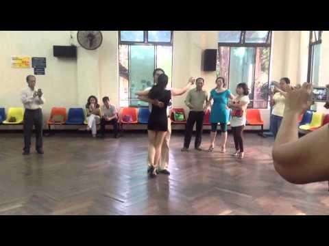 Bài Tango Lớp 4- Thầy Đức Thắng-Mai Anh. Th7/2013