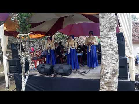 Laulal Hawa - Etris Afriany, Semi Live Annida Nirwana