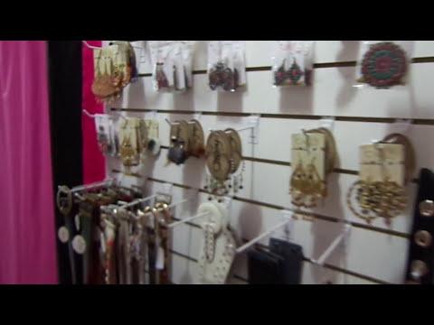 Vendo Local de Ropa Femenina, Calzado y Accesorios de moda - L&LGroup