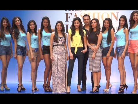 Sophie Chaudry Grace Max Fashion Icon India 2015
