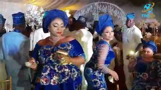 WATCH SOTAYO GAGA THROW BAIL OF CASH TO OGOGO@ HIS PARTY