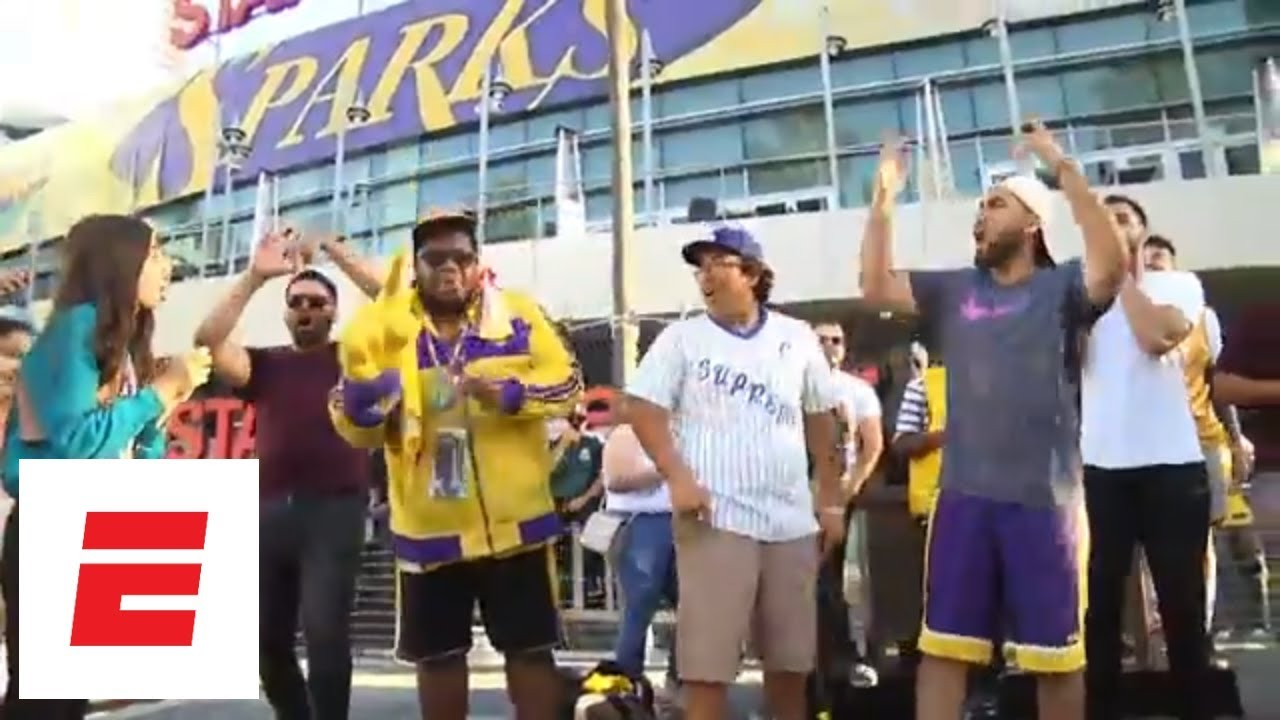 Lakers fans react to LeBron James news at Staples Center | ESPN