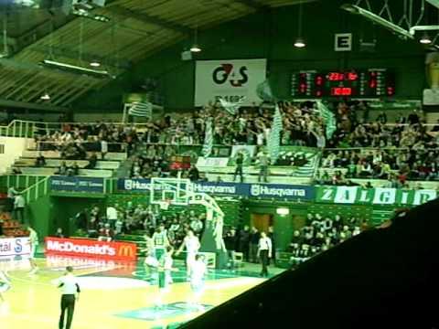 BC Zalgiris V Neptunas Klaipeda - Zalgiris Fans - 26-03-2010