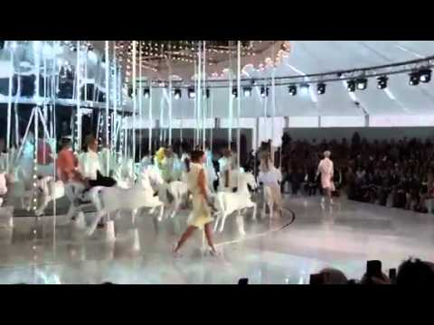Louis Vuitton Femme Printemps-Ete 2012