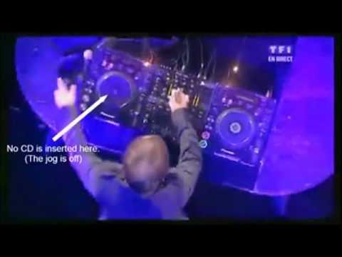Proof that David Guetta is a fake DJ. [Reupload]