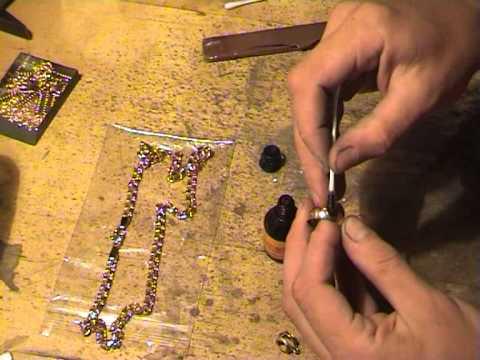 Видео как проверить подлинность золота в домашних условиях
