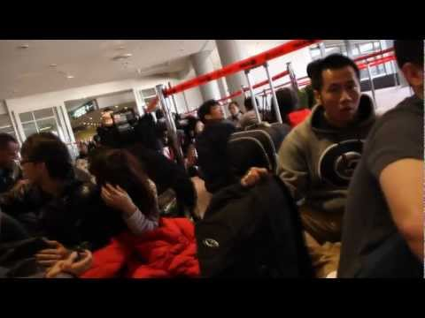 Japan earthquake March 2011 - Narita Airport