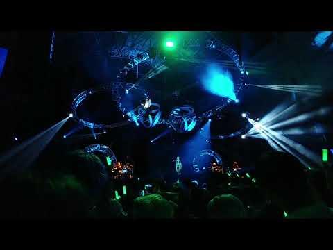 [Miku Expo 2018] Supercell Feat. Hatsune Miku - Melt