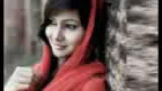 আজান শুনে মুসলিম নারীরা কেন মাথায় কাপড় দেয়