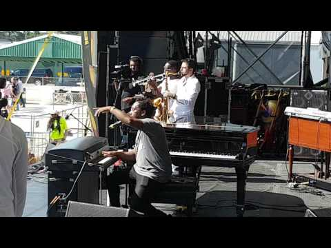 PJ Morton - Congo Stage JazzFest 2017