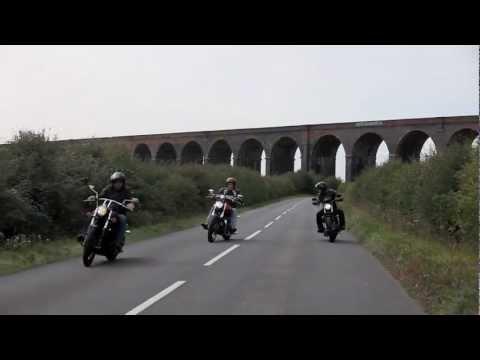 Triumph Speedmaster vs Harley-Davidson 883 Iron vs Kawasaki VN900