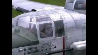 Erstflug der B25 Mitchell mit 2 x 400ccm Moki-Sternmotoren im Maßstab 1:3